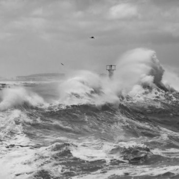 Storm waves – Kalk Bay harbour